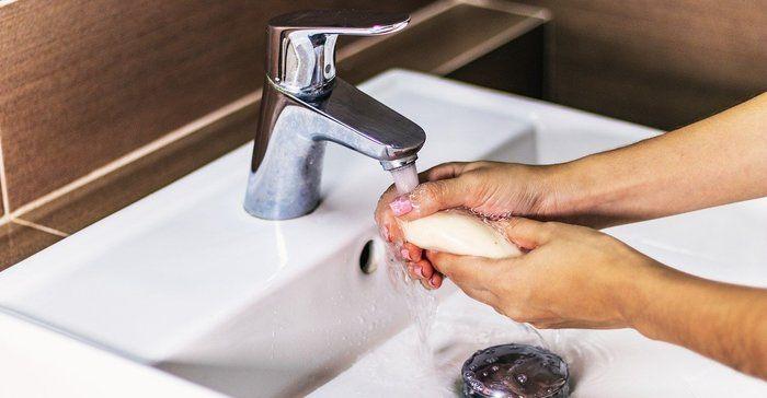 Как да отпушим мивката в кухнята